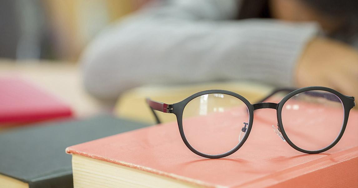 Влияние начала школьного обучения на зрение детей